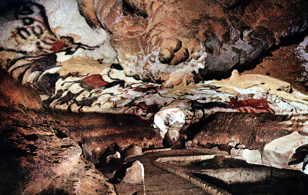 Lascaux Caves – Motignac, France