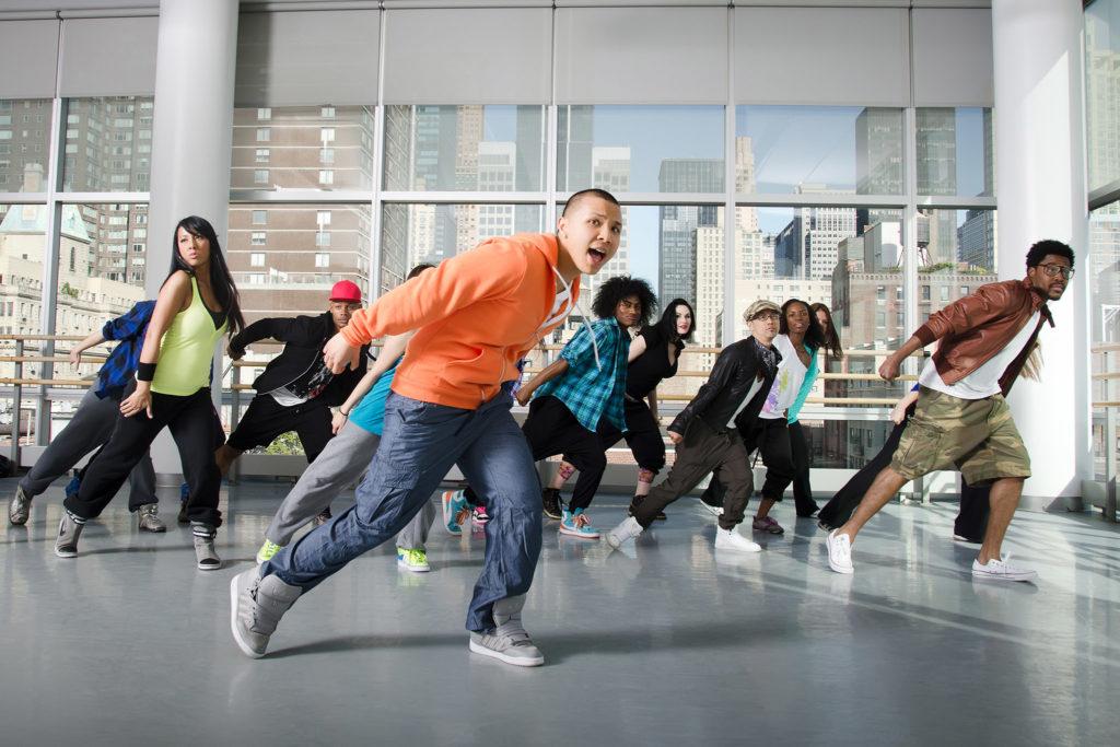 Dance to make happiness - life hacks for happiness
