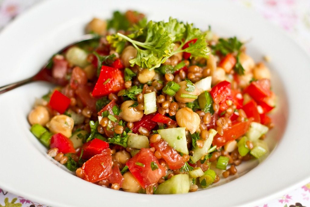 5 healthy salad recipes you can make at home