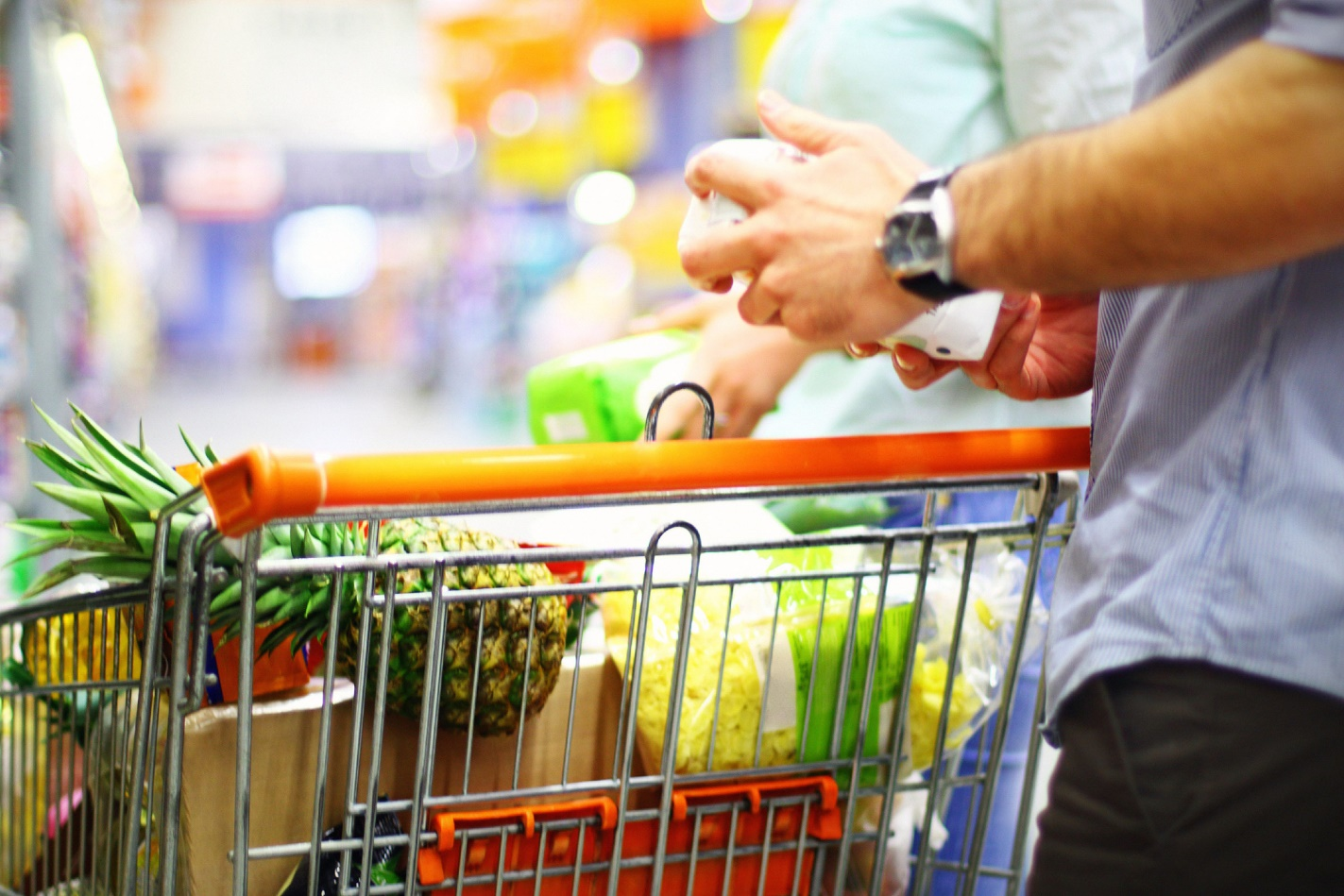 Limit the grocery shopping budget to Save Money
